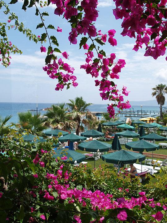 地中海のリゾート地ケメル