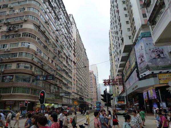 香港に留学中のThomason Ianさんに聞いてみた