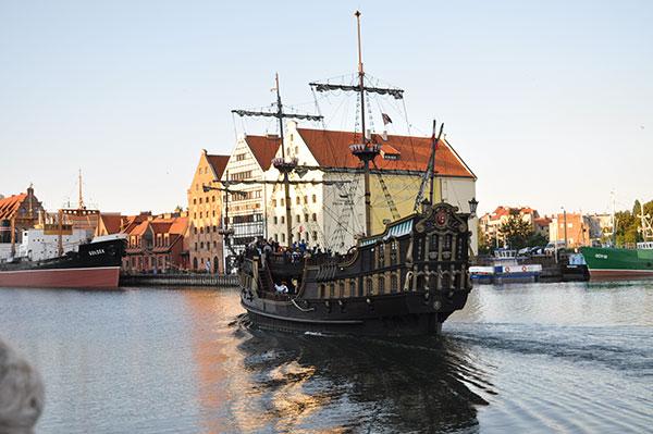 ポーランドの観光地への行き方