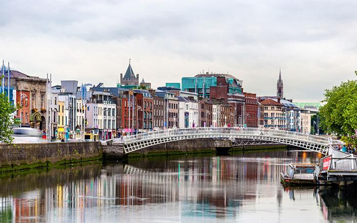 アイルランドへの移住の条件